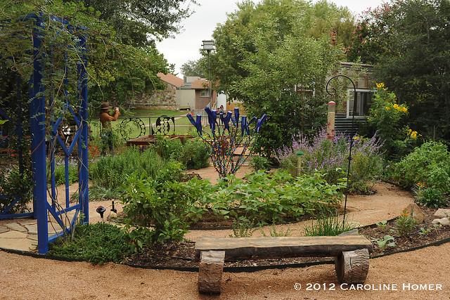 Ann & Robin Matthews' herb garden