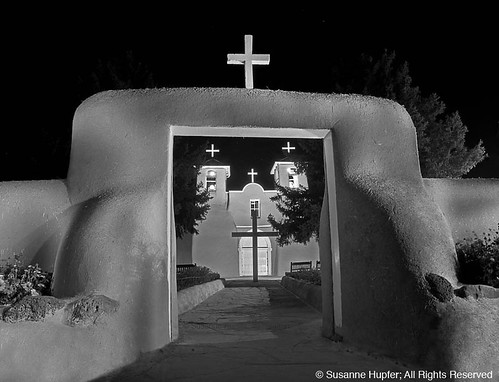 bw lightpainting newmexico church architecture adobe mission taos 2012 ranchodetaos sanfranciscodeasismissionchurch ranchosdetaosplaza