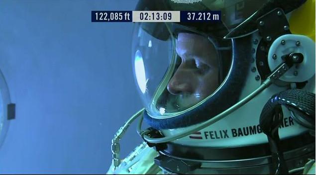 Felix Baumgartner: 10 min avant de sauter