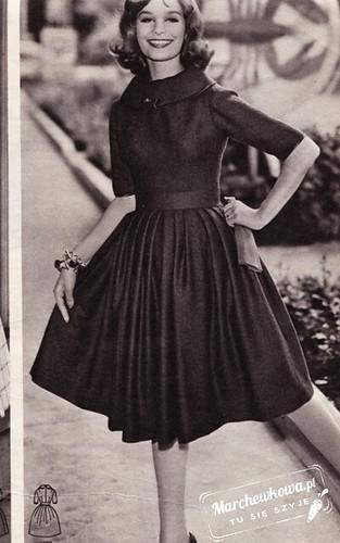 Burda moden, dress, marchewkowa, blog, szafiarka, szycie, krawiectwo, retro, moda, fashion, 60s, lata sześćdziesiąte, kołnierzyk, sukienka, kratka, wykrój