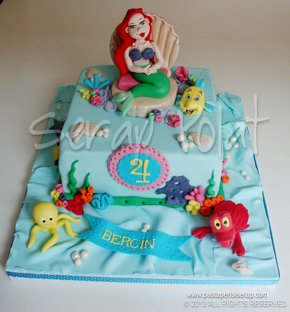 Disney Ariel pastası