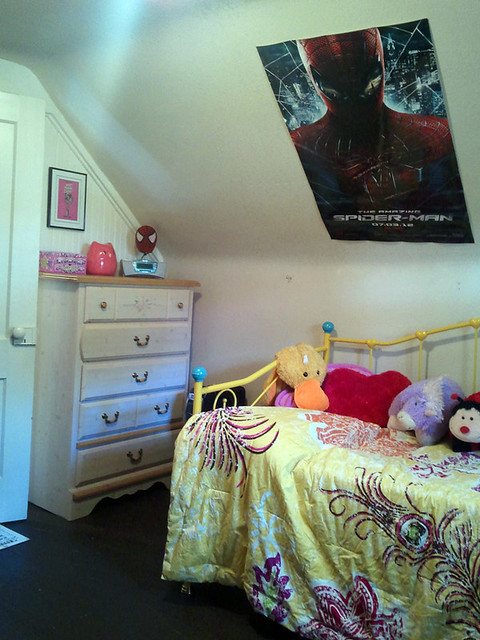 Eliza's Room Tour