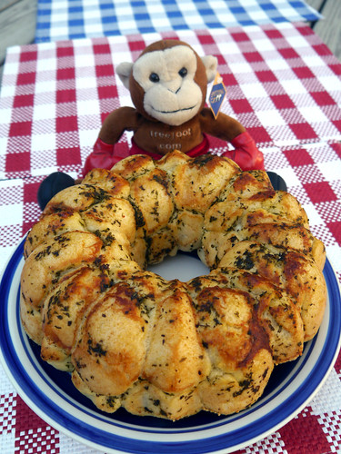 Pepperoni Pizza Monkey Bread (0026)