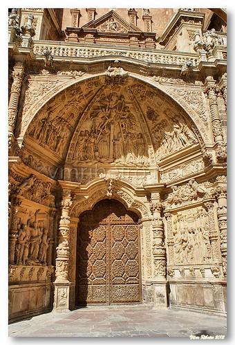 Portal principal da catedral de Astorga by VRfoto