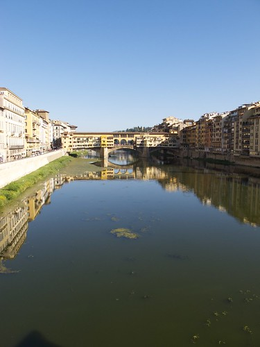Ponte Vecchio as seen from the Ponte alle Grazie