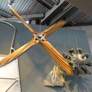 Do-X: Propeller, Sternmotor und Wrackteil