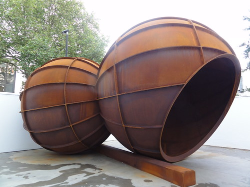 Anish Kapoor - Intersection 2012