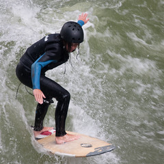 wakeboarding(0.0), paddle(0.0), wakesurfing(1.0), surface water sports(1.0), boardsport(1.0), sports(1.0), surfing(1.0), wind wave(1.0), extreme sport(1.0), water sport(1.0), skimboarding(1.0), surfboard(1.0),