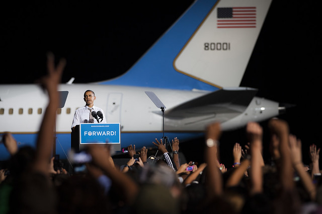 Obama on Cleveland Tarmac- OH-9