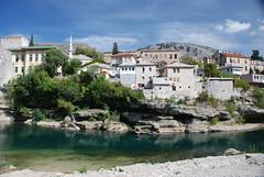 Häuser am Ufer in Mostar