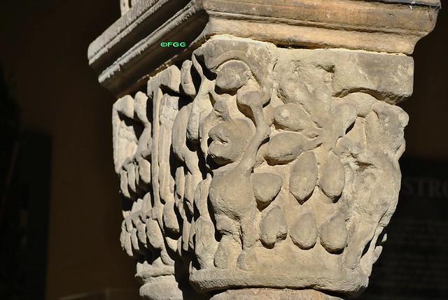 El demonio en el románico - Página 5 8130592386_85267b421b_z