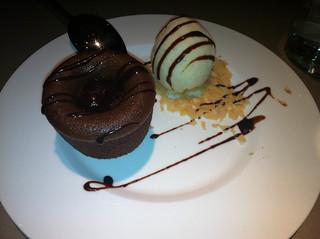 Fondant de chocolate con helado de vainilla