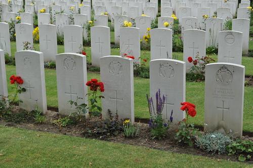 2012.06.30.017 - IEPER - Militaire Begraafplaats 'Ypres Reservoir Cemetery'