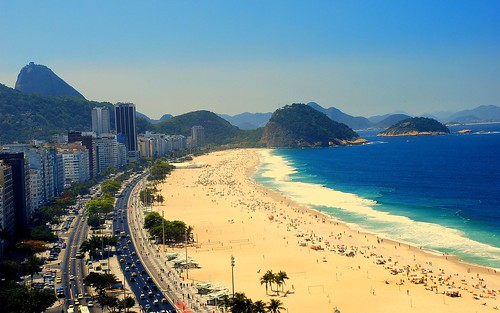 copacabana-beach-rio-de-janeiro-2560x1600