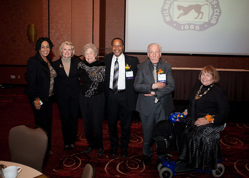 Yvonne Kemp, sister of the late Harry T. Kemp, Gill Geisler, Keta Steebs, Cary Edwards, Dean Jensen & Betty Quadracci being honored at the Media Hall of Fame event.