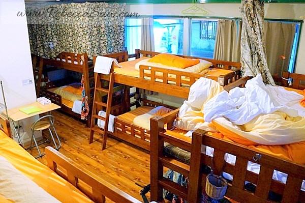J-hoppers hostel - fukushima Osaka Japan (16)