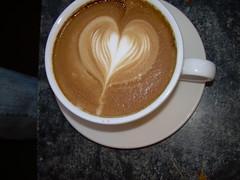 salep(0.0), atole(0.0), espresso(1.0), cappuccino(1.0), flat white(1.0), cup(1.0), cortado(1.0), coffee milk(1.0), caf㩠au lait(1.0), coffee(1.0), ristretto(1.0), caff㨠macchiato(1.0), drink(1.0), latte(1.0), caffeine(1.0),