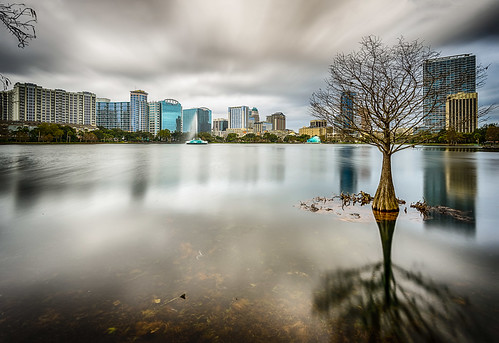 longexposure usa cloud lake reflection water weather architecture buildings landscape orlando lowlight day cityscape florida cloudy structures lakeeola centralflorida ndfilter neutraldensityfilter architectureandbuildings othermanmade
