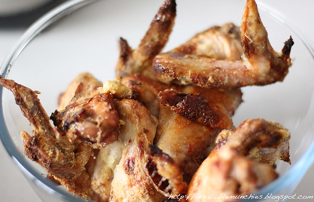 Chicken wings roasted with milk powder, till golden brown