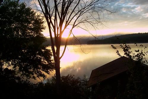 lake sunrise shawneelake shawneestatepark lakesunrise