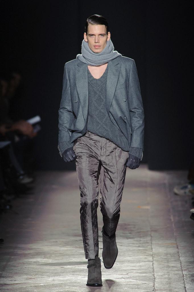 FW13 Milan Daks010_Mark Cox(fashionising.com)