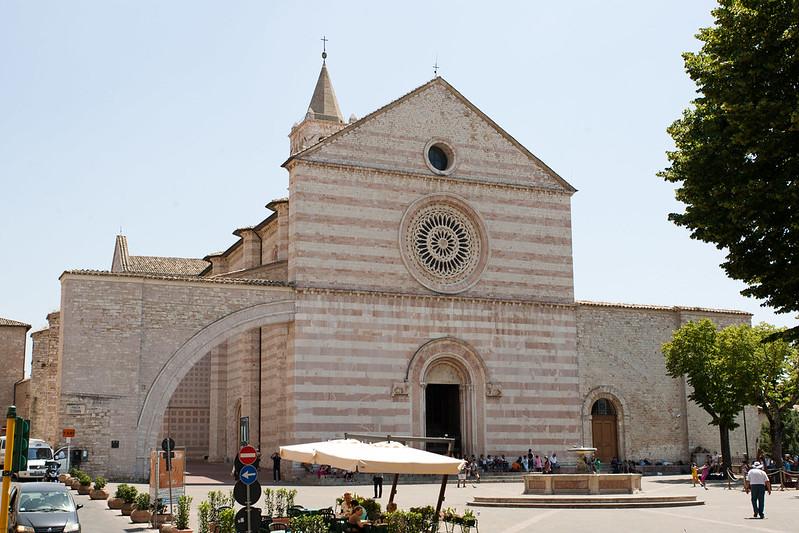 Basílica de Santa Clara, Assis - Itália