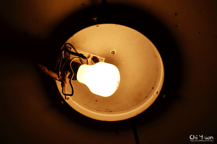 水波鏡面玻璃浴廁陽台燈06.jpg