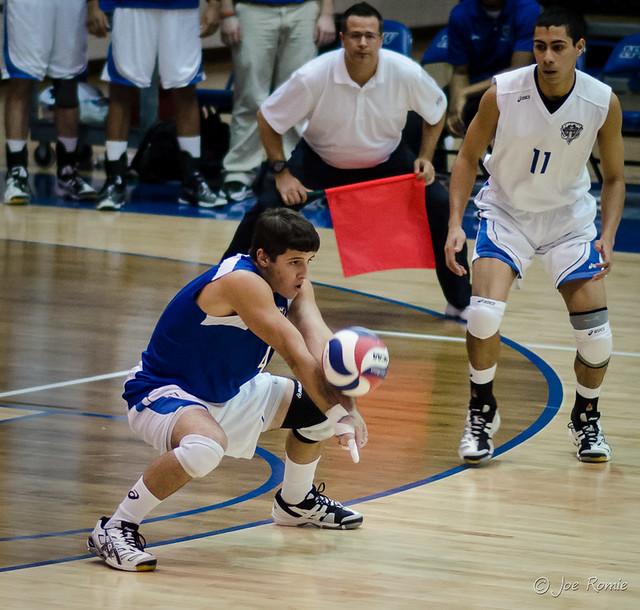 IPFW men's volleyball - serve receive | Flickr - Photo ...