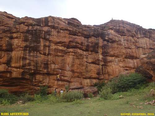 Rock_Climbing_Badami_Oct_2012_24