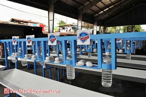 2012-10-10 Safeguard Global Handwashing Day LR (9)