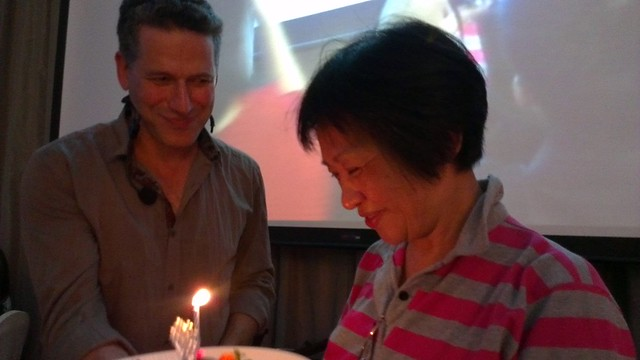 There was a special birthday cake for Bob's fan