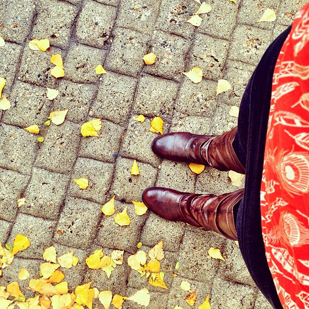 fall leaves + @wikstenmade tank + new boots = <3