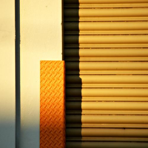 light sunset orange architecture outside afternoon shadows exterior brisbane milton rollerdoor steffentuck
