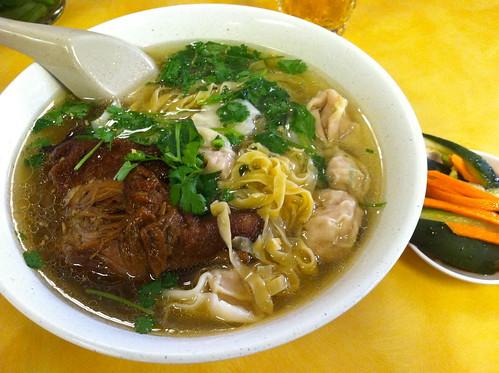 Hya Gai Noodle