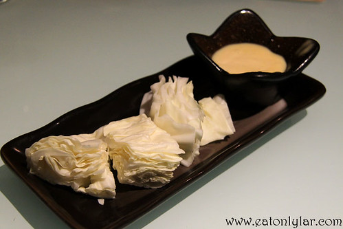 Raw cabbage with mayonnaise, Yakitori Do