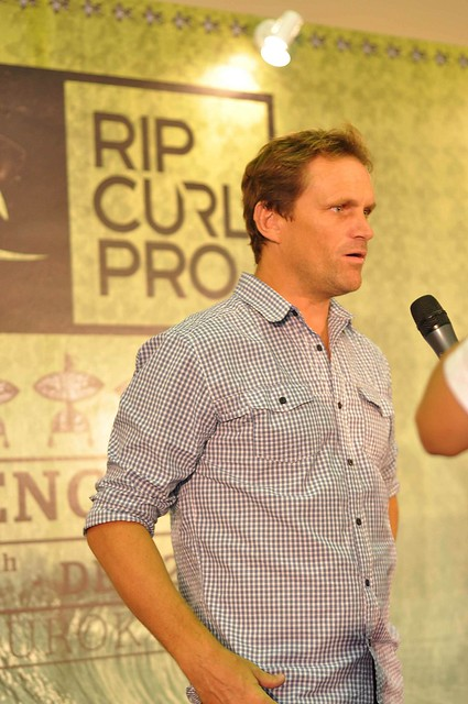 emcee Mr James Hendy - Marketing Manager of Rip Curl SEA