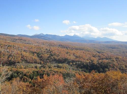 八ヶ岳連峰と蓼科高原の紅葉 2012年10月25日13:54 by Poran111