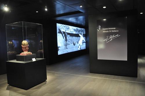 Museu e est dio santiago bernab u madrid espanha hoje for Telefono oficinas real madrid