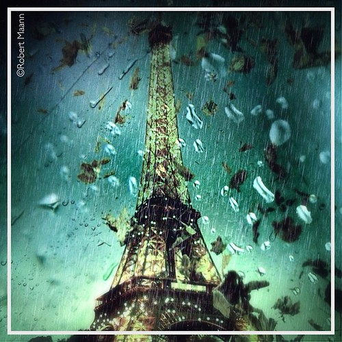 street camera city urban abstract paris france water rain dark square design artwork view streetphotography squareformat toureiffel mental parigi iphone concettuale awardtree iphoneography exoticimage architetctures instagramapp editoftheday