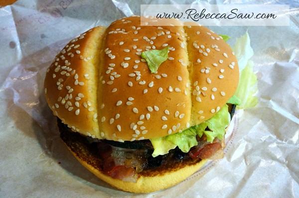 BK Pumpkin - Burger King Ikebukuro Japan (4)