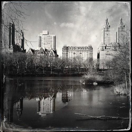 park city nyc newyorkcity parque blackandwhite reflection blancoynegro manhattan parc biancoenero hipstamatic gsquadlens dtypeplatefilm