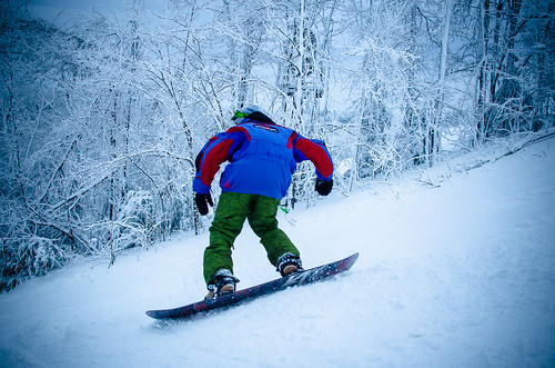 skiing-28