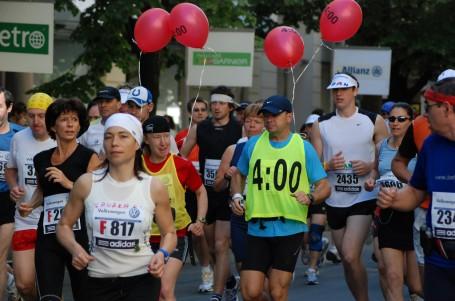 V cíli maratonu za 3:30 nebo za 4:00? Připravte se podle tréninkových plánů