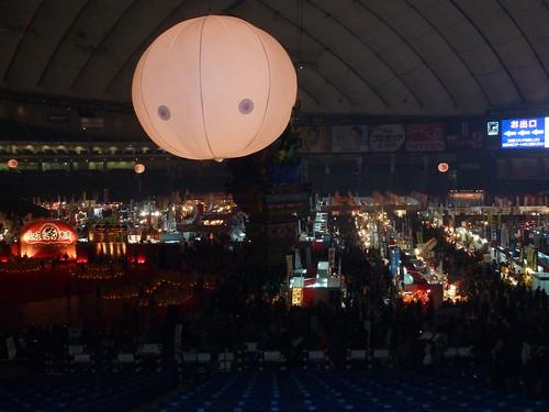 秋田竿燈まつり前の会場