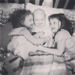 I went to make lunches and found them in bed  #reesey #gingerfight #aidkaid #sawyergrace #sistersarethebestmedicine
