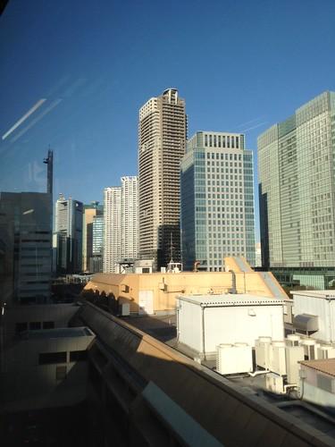モノレールで浜松町に到達 by haruhiko_iyota