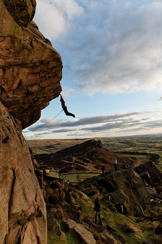 Paralogism E7 6c at the Roaches, Staffordshire.