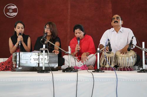 Devotional song by Arun Swami and Saathi, Hardev Nagar, Delhi