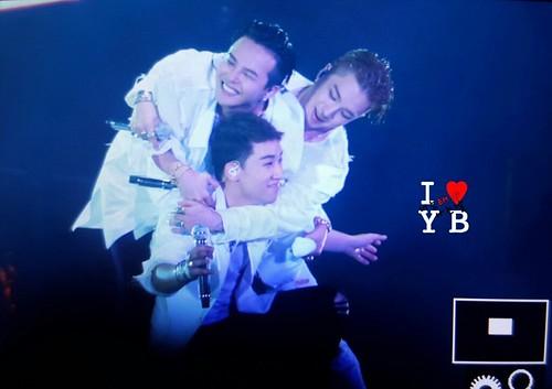 BIGBANG Osaka 10th Anniversary concert 2016-07-30 Day 2 (102)