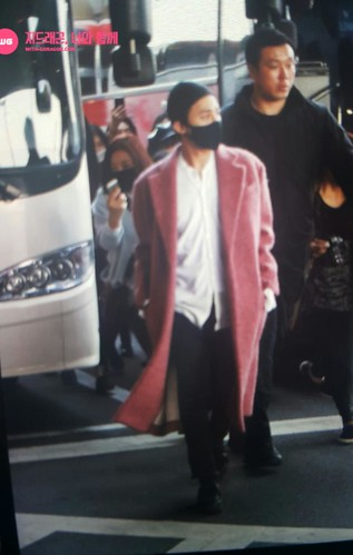 Big Bang - Incheon Airport - 22mar2015 - G-Dragon - With G-Dragon - 01